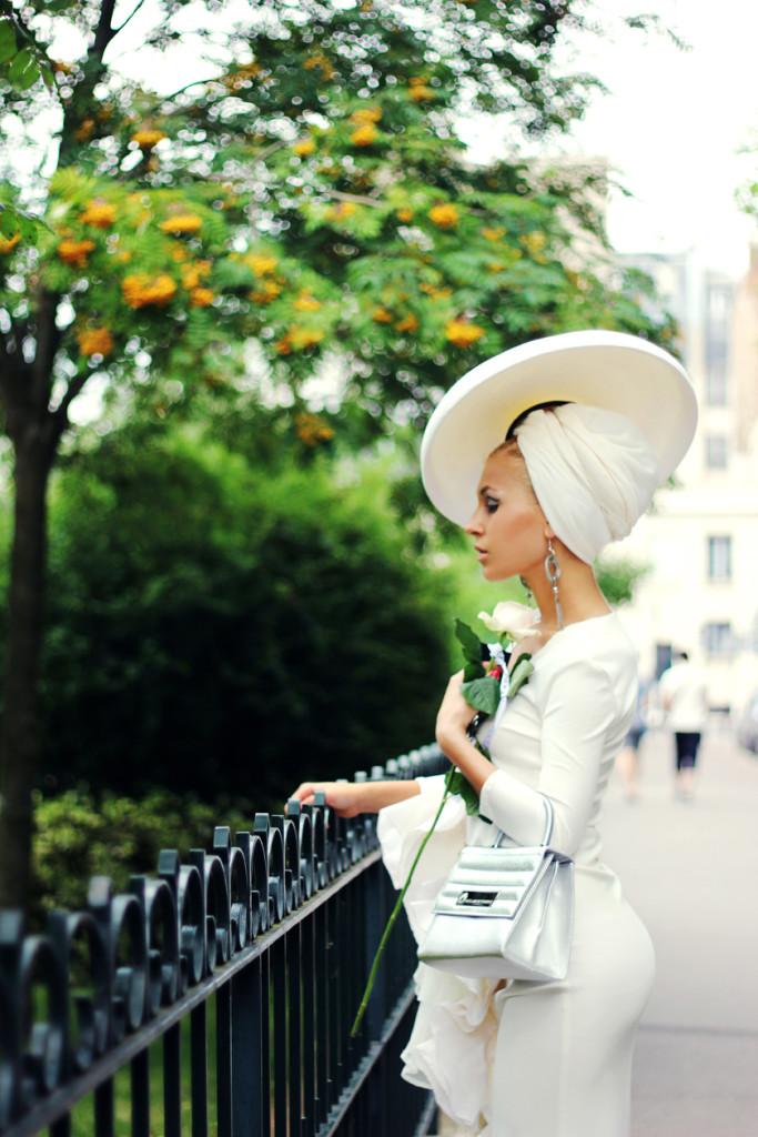 Eva Ana Kazić po modni reviji v Musee Rodin, foto: Luka Volk